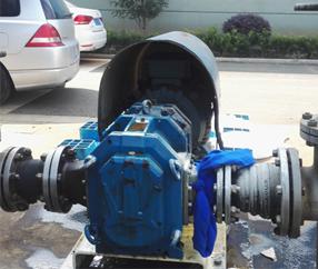 印染厂: 压滤机进料泵